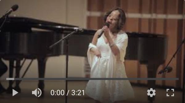 claudia sings hallelujah